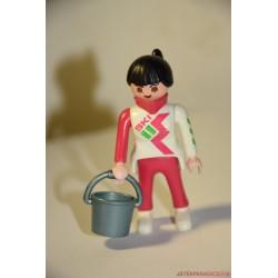 Playmobil felvonókezelő nő
