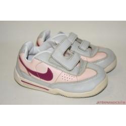 Nike eredeti tépőzáras 24-es edzőcipő