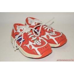 Adidas eredeti 23-as edzőcipő *