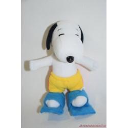 Kinder Ferrero plüss Snoopy fürdőgatyában, békatalppal