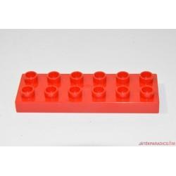 Lego Duplo piros 6-os lapos hosszú elem