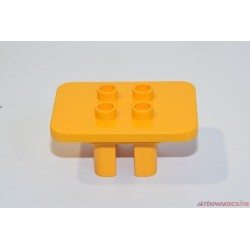 Lego Duplo narancssárga asztal