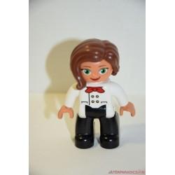 Lego Duplo pincérnő