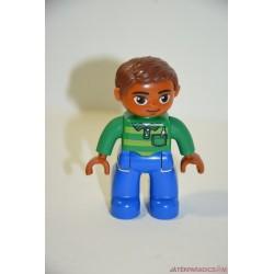 Lego Duplo zöld pulcsis színesbőrű férfi