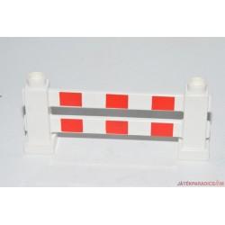 Lego Duplo piros-fehér csíkos kerítés