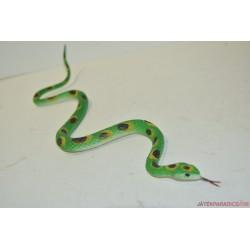 Kígyó gumifigura