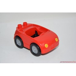 Lego Duplo piros kisautó