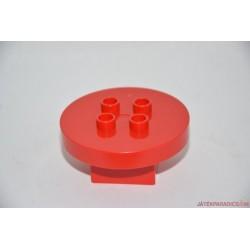 Lego Duplo piros körasztal