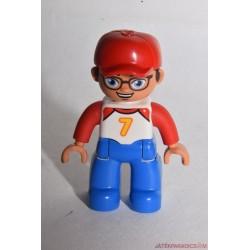 Lego Duplo piros baseball sapkás férfi