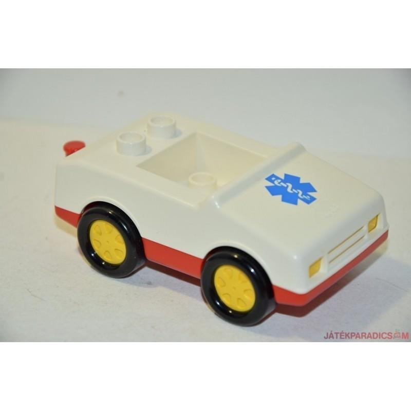 Lego Duplo mentőautó