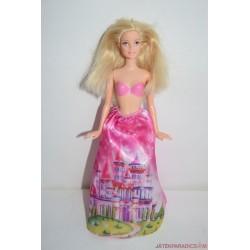 Kastélyos ruhás Barbie hercegnő baba