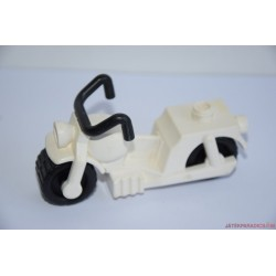 Lego Duplo fehér motor
