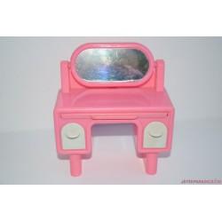 Barbie fésülködő asztalka