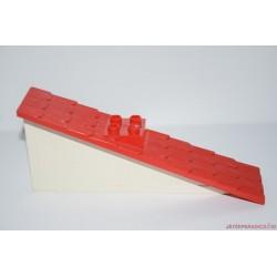 Lego Duplo fehér-piros háztető