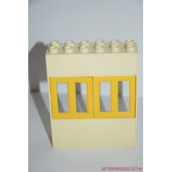 Lego Duplo fal ablakokkal