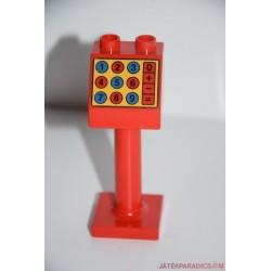 Lego Duplo piros számológép tábla