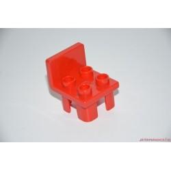 Lego Duplo piros szék