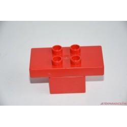 Lego Duplo piros építhető asztal
