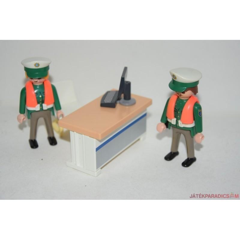 Playmobil rendőrségen