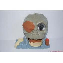 Jake és Sohaország kalózai koponya