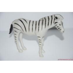 Zebra gumifigura