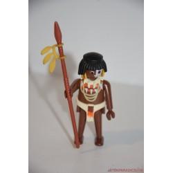 Playmobil bennszülött harcos dárdával