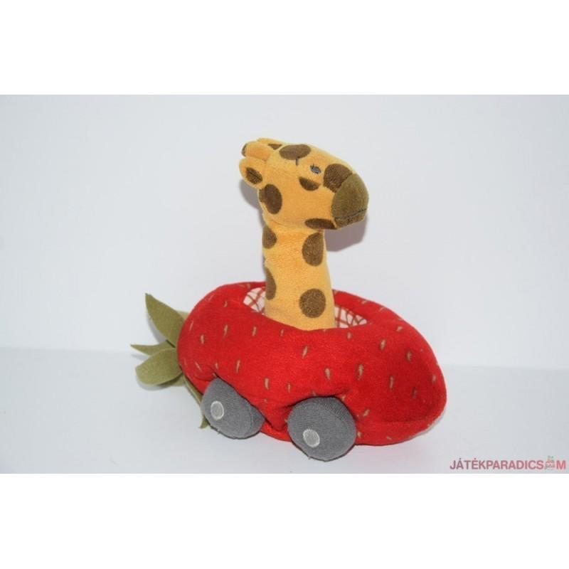 IKEA pici zsiráf szamócás autóban