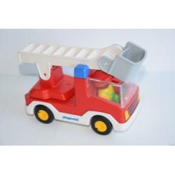 Playmobil Baby tűzoltóautó vezető figurával