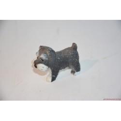 Skót terrier kölyök kiskutya figura