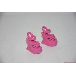 Mattel Barbie Fashion Fever Fashionistas: rózsaszín szandál
