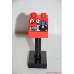 Lego Duplo irányítópult képes tábla