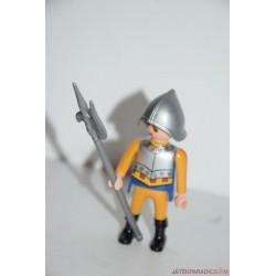 Playmobil középkori lovag csatabárddal