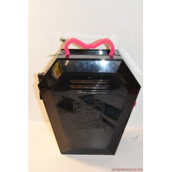 Monster High bőröndös Draculaura baba
