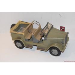 Indiana Jones akciófigurához dzsip autó