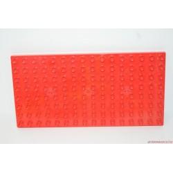 Lego Duplo piros alaplap