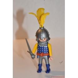 Playmobil közékori katona díszes sisakban