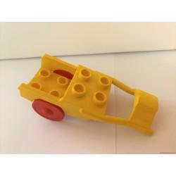 Lego Duplo sárga fogat elem