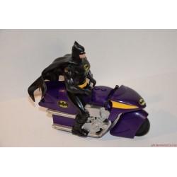 Marvel Batman akciófigura motoron