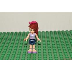 Lego Friends copfos lány masnival a hajában