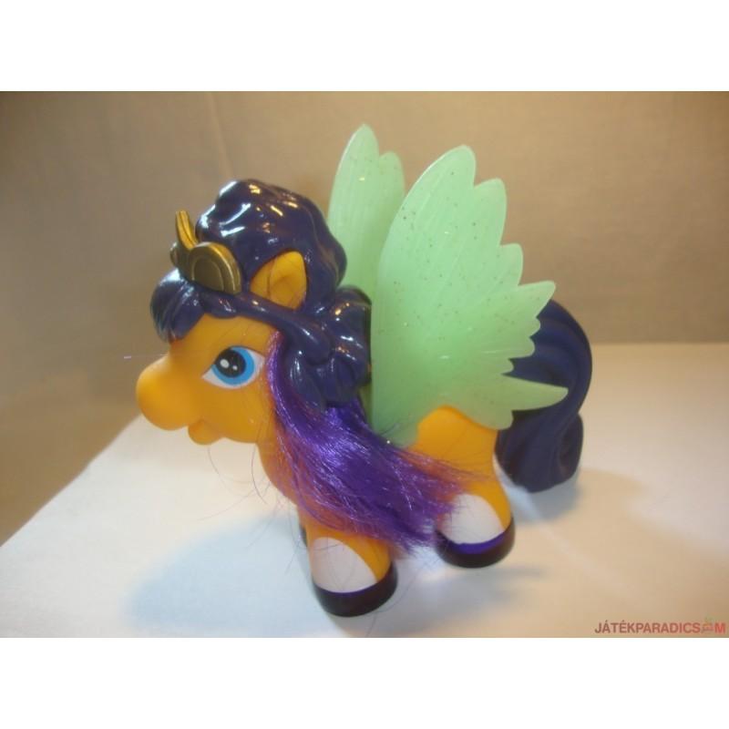 Koronás Filly pony lovacska