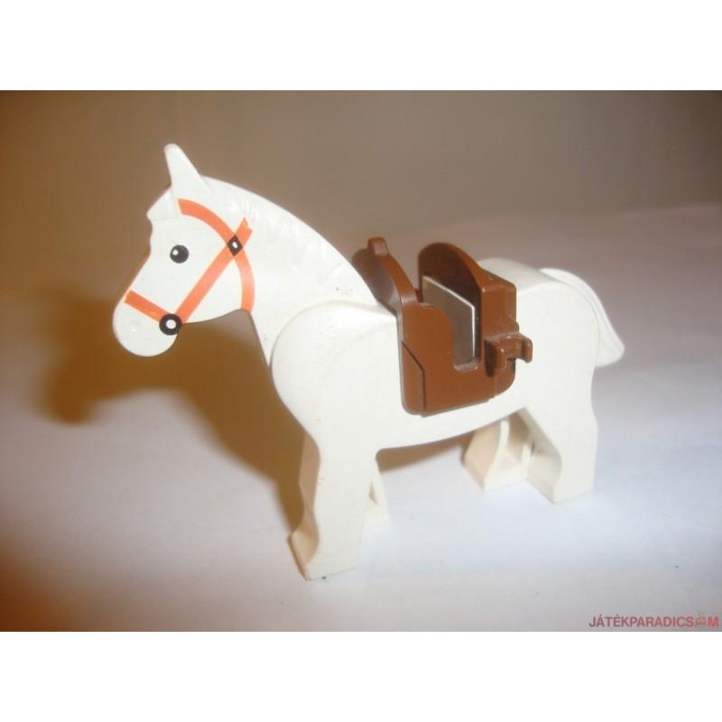 Lego lovacska lovagi dísztakaróban
