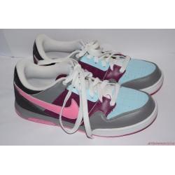 Nike 40-es edzőcipő