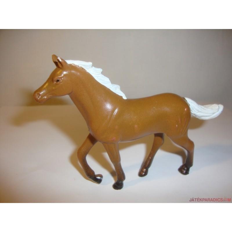 Vágtató ló gumifigura