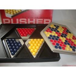 Pusher,Passzoló (Lökdösődő) társasjáték