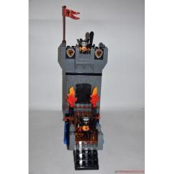Lego Duplo vár katonákkal