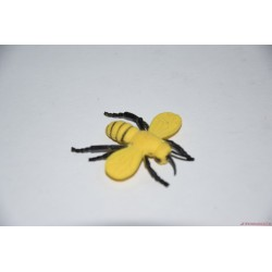 Élethű méhecske gumifigura