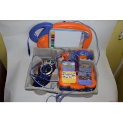 Vtech Vsmile alapgép kazettákkal és rajztáblával