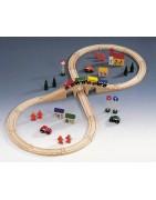 Fa vonatos játékok