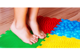 4 játékos lúdtalp elleni tornagyakorlat kicsik számára